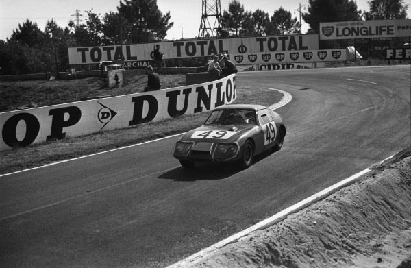 Le Mans, France. 19th - 20th June 1965.Paul Hawkins/John Rhodes (Austin-Healey Sprite), 12th position, action. World Copyright: LAT Photographic.Ref:  L65 - 266 - 13A.
