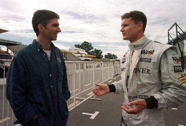 1998 Argentinian Grand Prix. Buenos Aires, Argentina. 10-12 April 1998. Damon Hill (Jordan Mugen Honda) talks to David Coulthard (McLaren Mercedes-Benz). World Copyright - LAT Photographic