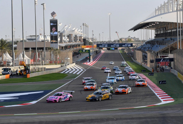 The start of the Porsche Sprint Challenge Middle East race