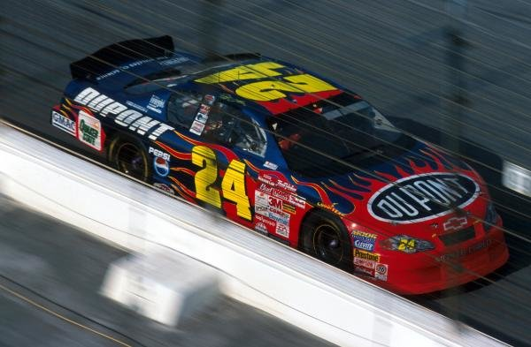 Fourth time NASCAR Winston Cup title winner Jeff Gordon (USA) finished the race in 6th place.Atlanta, USA. 18 November 2001.BEST IMAGE