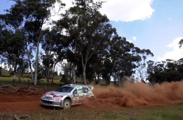 2001 World Rally ChampionshipTelstra Rally Australia, Perth, WA. 1-4 November 2001.Didier Auriol on stage 6.Photo: Ralph Hardwick/LAT