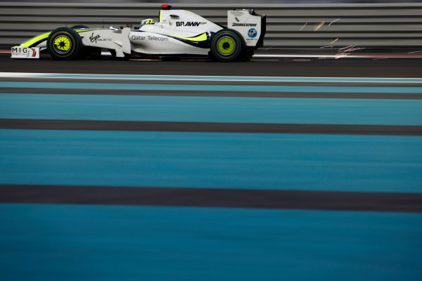 Yas Marina Circuit, Abu Dhabi, United Arab Emirates 30th October 2009. Jenson Button, Brawn GP BGP001 Mercedes. Action.  World Copyright: Glenn Dunbar/LAT Photographic  ref: Digital Image GD5D8554