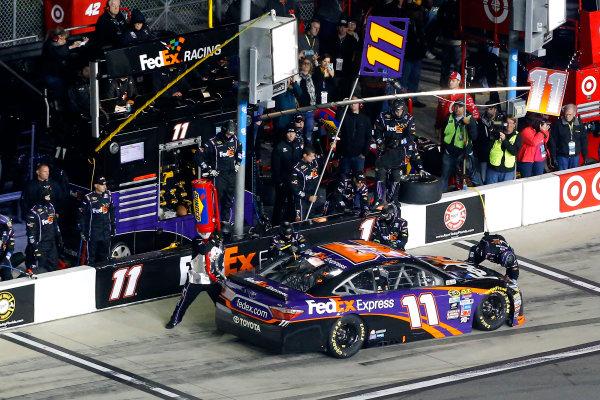 18 February, 2016, Daytona Beach, Florida USA Denny Hamlin, FedEx Express Toyota Camry pit stop ?2016, Russell LaBounty LAT Photo USA