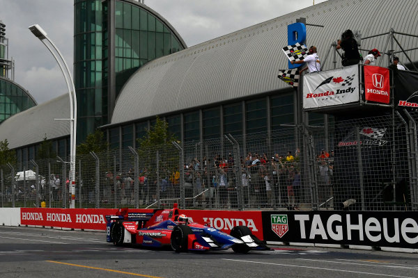 Verizon IndyCar Series Honda Indy Toronto Toronto, ON CAN Sunday 16 July 2017 Alexander Rossi, Andretti Herta Autosport with Curb-Agajanian Honda crosses the finish line under the checkered flag  World Copyright: Scott R LePage LAT Images ref: Digital Image lepage-170716-to-5120