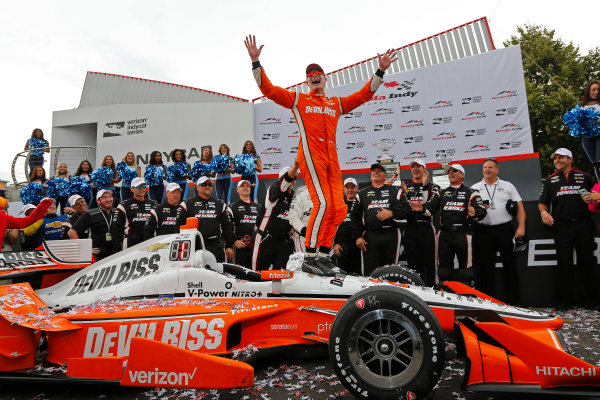 Verizon IndyCar Series Honda Indy Toronto Toronto, ON CAN Sunday 16 July 2017 Josef Newgarden, Team Penske Chevrolet celebrates in Victory Lane World Copyright: Phillip Abbott LAT Images ref: Digital Image abbott_toronto_0717_7486
