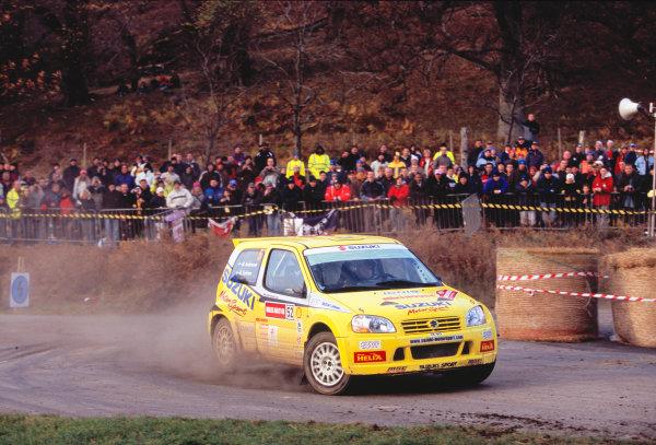 2003 World Rally ChampionshipRally of Great Britain, Wales. 6th - 9th November 2003.Daniel Carlsson / Mattias Andersson, Suzuki Ignis. Winners of JWRC on Rally GB. ActionWorld Copyright: McKlein/LATref: 35mm Image WRC_GB_11 jpg