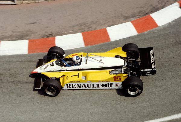 1982 Monaco Grand Prix.Monte Carlo, Monaco.20-23 May 1982.Alain Prost (Renault RE30B) 7th position.Ref-82 MON 89.World Copyright - LAT Photographic