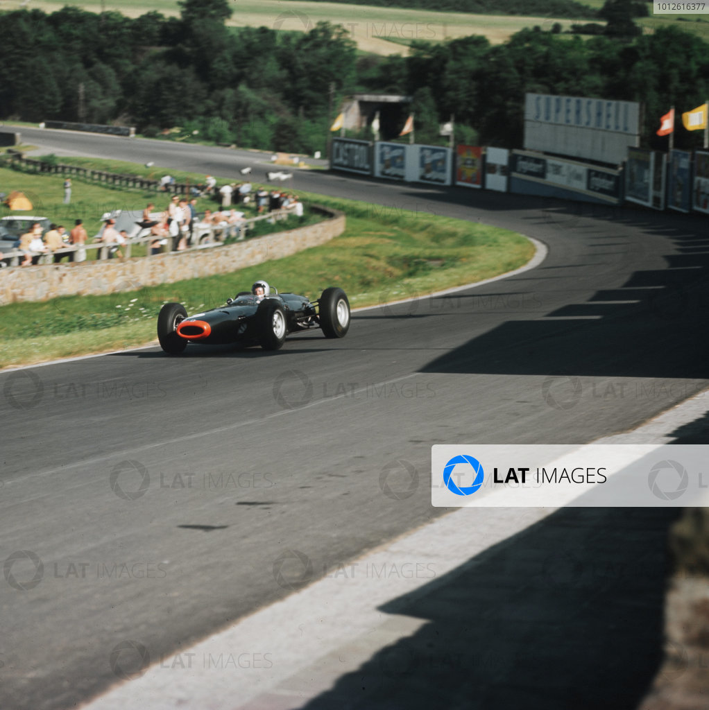 Spa-Francorchamps, Belgium.12-14 June 1964.Richie Ginther (BRM P261) 4th position, at Stavelot. Ref-3/1246.World Copyright - LAT Photographic