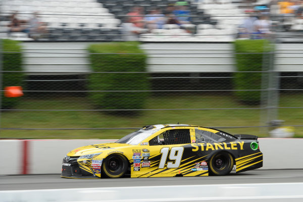 29-31 July, 2016, Long Pond, Pennsylvania USA Carl Edwards, Stanley Toyota Camry ?2016, John Harrelson / LAT Photo USA