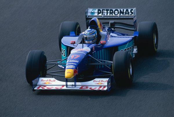Silverstone, England. 11-13 July 1997.Norberto Fontana (Sauber C16 Petronas).Ref-97 GB 44.World Copyright - Martyn Elford/LAT Photographic