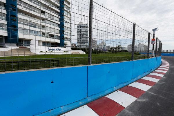 2014 FIA Formula E Championship. Punta del Este ePrix, Uruguay. Circuit detail. Photo: Zak Mauger/LAT/FE ref: Digital Image _L0U9426