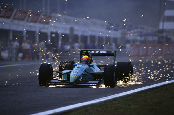 Mauricio Gugelmin, Leyton House CG911 Ilmor, with sparks flying.