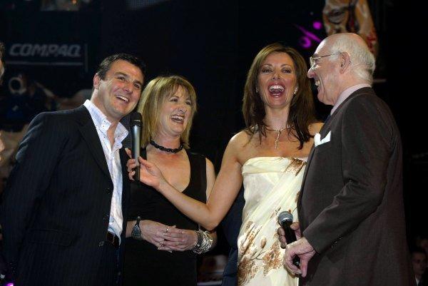 L to R, Mark Blundell (GBR), Louise Goodman (GBR), Carol Vorderman (GBR) and Murray Walker.The 2002 Grand Prix Party12 February 2002Albert Hall, London, England.DIGITAL IMAGE