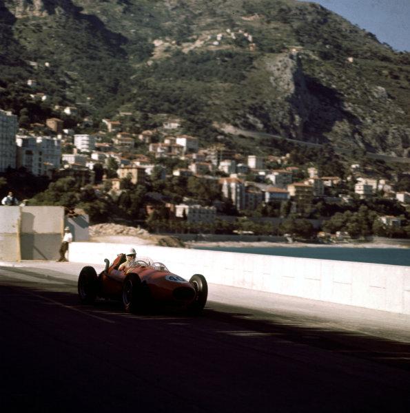 1958 Monaco Grand Prix.Monte Carlo, Monaco.15-18 May 1958.Wolfgang von Trips (Ferrari Dino 246).Ref-3/0005.World Copyright - LAT Photographic