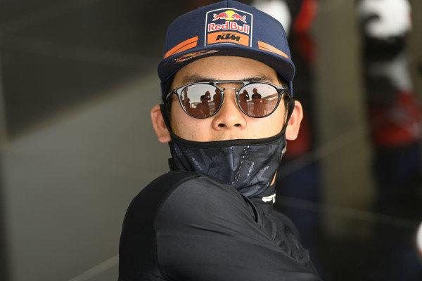 Ayumu Sasaki, Red Bull KTM Tech 3, helmets.