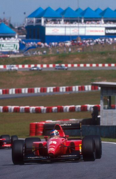 1992 Brazilian Grand Prix.Interlagos, Sao Paulo, Brazil.3-5 April 1992.Ivan Capelli (Ferrari F92A) 5th position.Ref-92 BRA 12.World Copyright - LAT Photographic