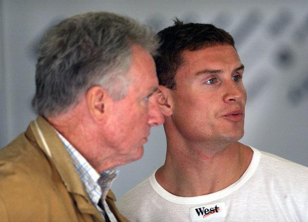 2001 Spanish Grand PrixCatalunya, Barcelona, Spain. 27-29 April 2001.David Coulthard (McLaren Mercedes).World Copyright - Steve Etherington/LAT Photographicref: 18 mb Digital Image