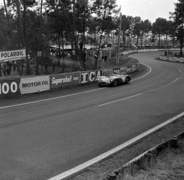 Tony Brooks / Maurice Trintignant, David Brown Racing, Aston Martin DBR1/300.