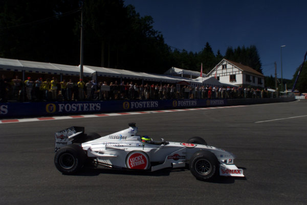 2000 Belgian Grand Prix.Spa-Francorchamps, Belgium. 25-27 August 2000.Ricardo Zonta (B.A R. 002 Honda).World Copyright - LAT Photographicref: 5 7mb DIGITAL