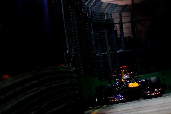 Marina Bay Circuit, Singapore.24th September 2011.Sebastian Vettel, Red Bull Racing RB7 Renault. Action. World Copyright:Glenn Dunbar/LAT Photographicref: Digital Image _G7C6613