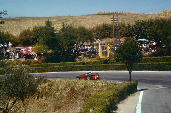 Pescara, Italy. 16-18 August 1957. Harry Schell, Maserati 250F, 3rd position. Ref: 57PES02. World Copyright - LAT Photographic