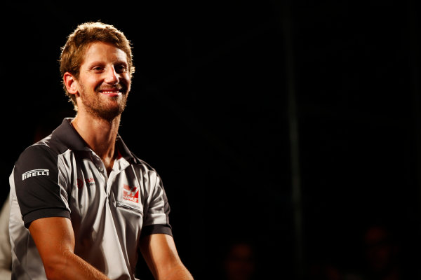 Suzuka Circuit, Japan. Saturday 08 October 2016. Romain Grosjean, Haas F1, at a fan event. World Copyright: Andy Hone/LAT Photographic ref: Digital Image _ONY5318