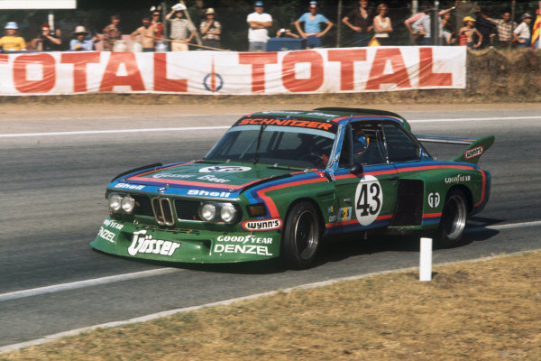 Le Mans, France. 12 - 13 June 1976 Dieter Quester/Albrecht Krebs/Alain Peltier (BMW 3 0 CSL), retired, action. World Copyright: LAT PhotographicRef: 76LM31.