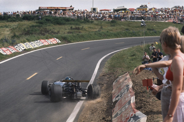 Clermont-Ferrand, France. 4-6th July 1969.  Jacky Ickx, Brabham BT26A Ford, sideways with a wheel on the dirt.  Ref: 69FRA04. World Copyright: LAT Photographic