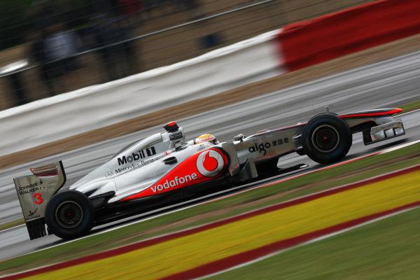 Lewis Hamilton (GBR) McLaren MP4/26. Formula One World Championship, Rd 9, British Grand Prix, Practice Day, Silverstone, England, Friday 8 July 2011.  BEST IMAGE