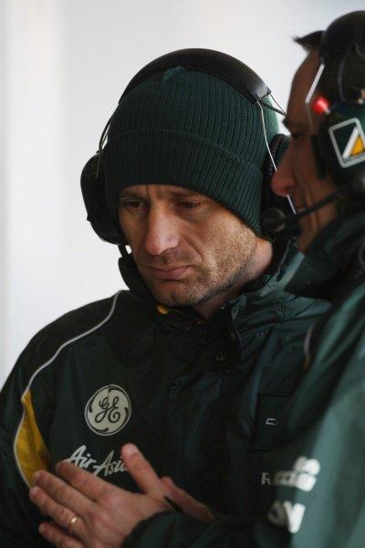 (L to R): Jarno Trulli (ITA) Caterham with Gianluca Pisanello (ITA) Caterham Race Engineer. Formula One Testing, Day 3, Jerez, Spain, Thursday 9 February 2012.