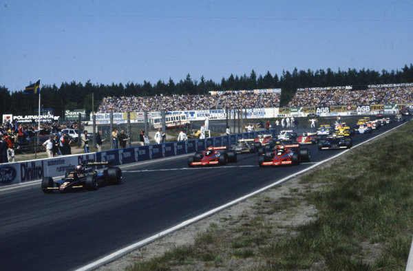 Pole sitter Mario Andretti, Lotus 79 Ford leads John Watson, Brabham BT46B Alfa Romeo and Niki Lauda, Brabham BT46B Alfa Romeo at the start.