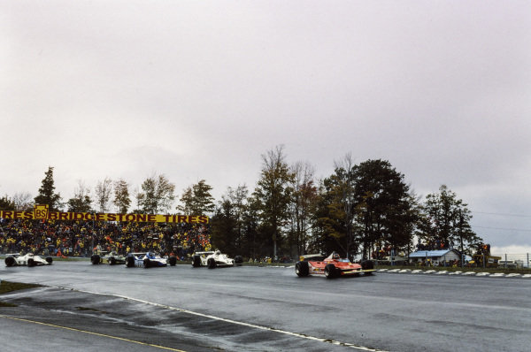 Gilles Villeneuve, Ferrari 312T4 leads Alan Jones, Williams FW07 Ford and Jacques Laffite, Ligier JS11 Ford.