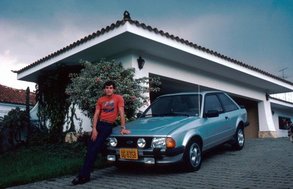 Ayrton Senna (BRA) at his home in Sao Paulo prior to his first Grand Prix.