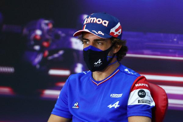 Fernando Alonso, Alpine F1, in the press conference