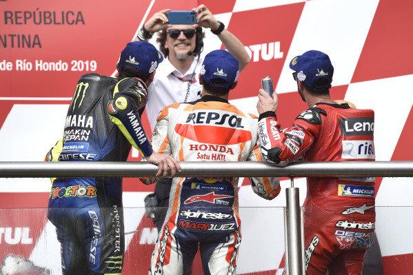 Podium: race winner Marc Marquez, Repsol Honda Team, second place Valentino Rossi, Yamaha Factory Racing, third place Andrea Dovizioso, Ducati Team.