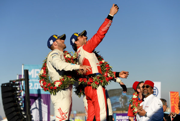 Robin Frijns (NLD), Envision Virgin Racing, 2nd position, Jérôme d'Ambrosio (BEL), Mahindra Racing, 1st position, and Sam Bird (GBR), Envision Virgin Racing, 3rd position, take a photo on the podium