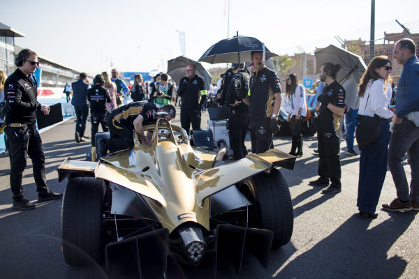 The car of Andre Lotterer (DEU), DS TECHEETAH, DS E-Tense FE19, on the grid