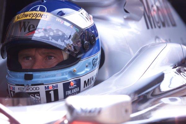 2000 Monaco Grand Prix.Monte Carlo, Monaco.1-4 June 2000.Mika Hakkinen (McLaren Mercedes) 6th position.World Copyright - LAT Photographic