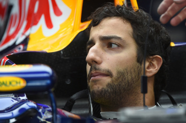 Daniel Ricciardo (AUS) Red Bull Racing RB10. Formula One World Championship, Rd16, Russian Grand Prix, Qualifying, Sochi Autodrom, Sochi, Krasnodar Krai, Russia, Saturday 11 October 2014.