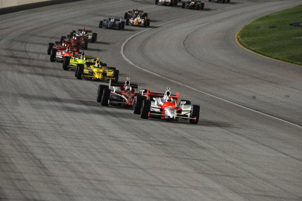 Race winner Ryan Briscoe (AUS) leads the race. IndyCar Series, Rd15, Peak Anti Freeze 300, Chicagoland Speedway, Joliet, Illinois, USA, 29-30 August 2009.