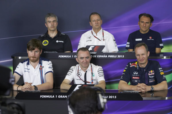 Circuit de Catalunya, Barcelona, Spain. Friday 8 May 2015. Nick Chester, Technical Director, Lotus F1, Jonathan Neale, Managing Director, McLaren, Giancampo Dall' Ara, Head of Track Engineering, Sauber, Rob Smedley, Head of Vehicle Performance, Williams F1, Paddy Lowe, Executive Director (Technical), Mercedes AMG, and Jonathan Wheatley, Team Manager, Red Bull Racing, in the team principals Press Conference. World Copyright: Steve Etherington/LAT Photographic. ref: Digital Image SNE19971