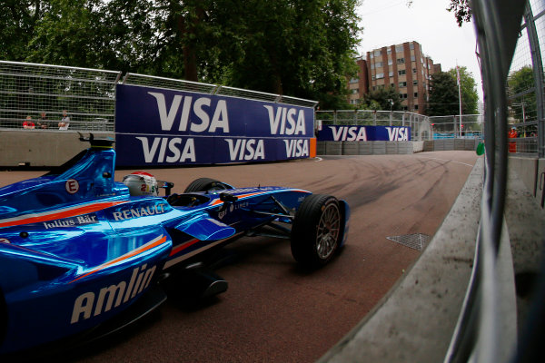 2014/2015 FIA Formula E Championship. London ePrix, Battersea Park, London, United Kingdom. Sunday 28 June 2015 Sakon Yamamoto (JPN)/Amlin Aguri - Spark-Renault SRT_01E Photo: Zak Mauger/LAT/Formula E ref: Digital Image _L0U0033