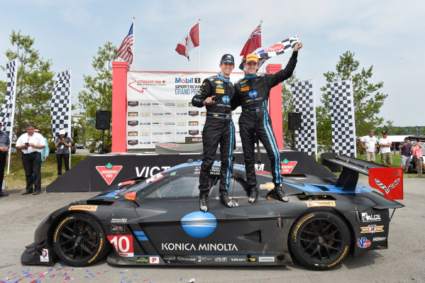 10-12 July 2015, Bowmanville, Ontario Canada 10, Chevrolet, Corvette DP, P, Ricky Taylor, Jordan Taylor celebrate the win in victory lane ?2015 Scott R LePage  LAT Photo USA