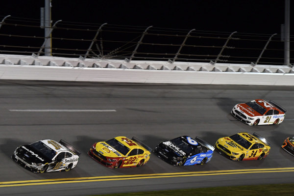 #10: Aric Almirola, Stewart-Haas Racing, Ford Mustang Smithfield #22: Joey Logano, Team Penske, Ford Mustang Shell Pennzoil #6: Ryan Newman, Roush Fenway Racing, Ford Mustang Kohler Generators #34: Michael McDowell, Front Row Motorsports, Ford Mustang Love's Travel Stops