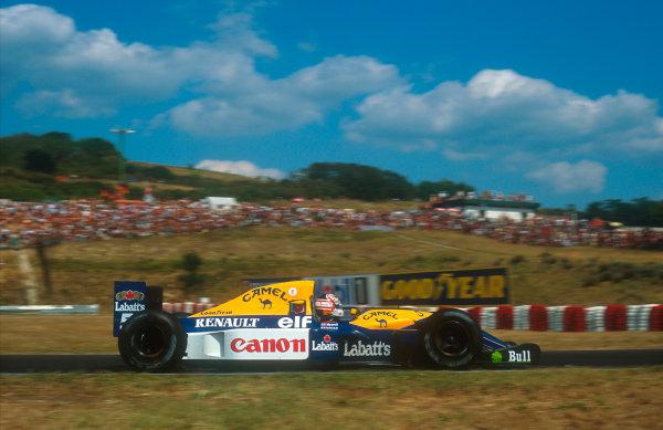 1992 Hungarian Grand Prix.Hungaroring, Budapest, Hungary.14-16 August 1992.Nigel Mansell (Williams FW14B Renault) 2nd position. He also won the Formula One Drivers World Championship.Ref-92 HUN 22.World Copyright - LAT Photographic