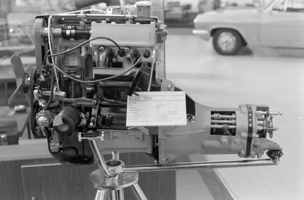 Four-cylinder Glas 1700 engine