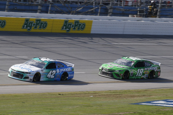 #42: Ross Chastain, Chip Ganassi Racing, Chevrolet Camaro Caregility/Yorktel, #18: Kyle Busch, Joe Gibbs Racing, Toyota Camry Interstate Batteries