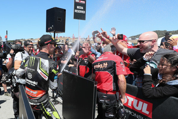 Jonathan Rea, Kawasaki Racing Team celebrates.