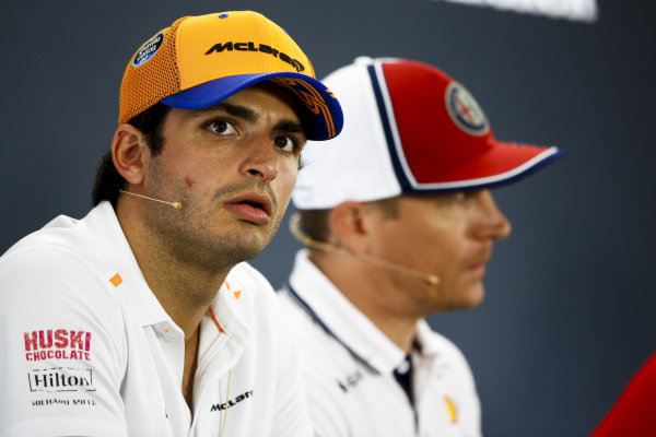 Carlos Sainz Jr, McLaren and Kimi Raikkonen, Alfa Romeo Racing in the Press Conference