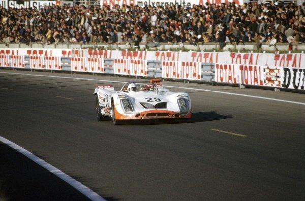 1971 Le Mans 24 hours. Le Mans, France. 12-13 June 1971. Andre Wicky/Max Cohen Olivar (Porsche 908/02), retired. World Copyright: LAT Photographic Ref: 71LM17